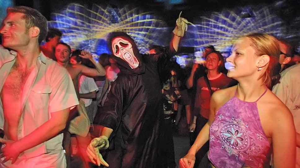 Ночной клуб приозерск стриптиз бар в екатеринбурге
