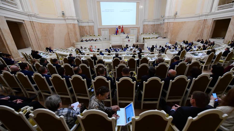 Решение Конституционного суда опустили на региональный уровень