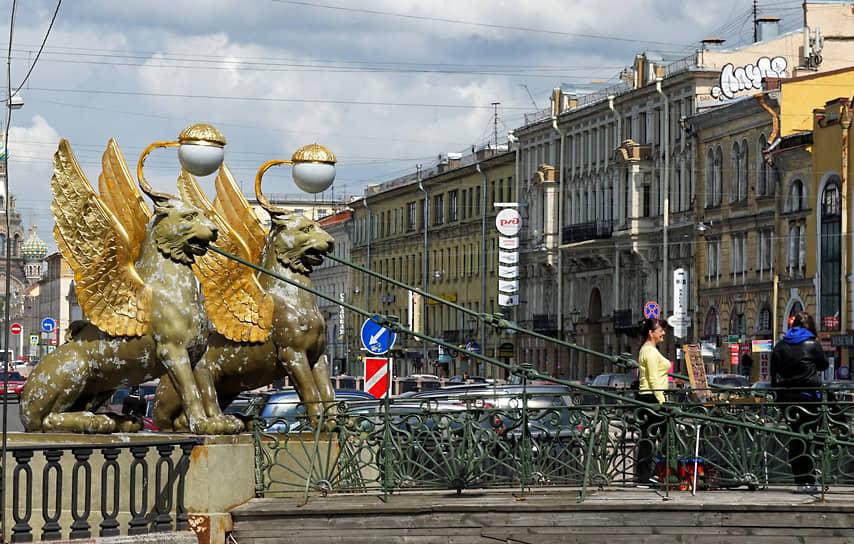 В начале XX века в здании на канале Грибоедова, 24, находились меблированные комнаты «Александръ»