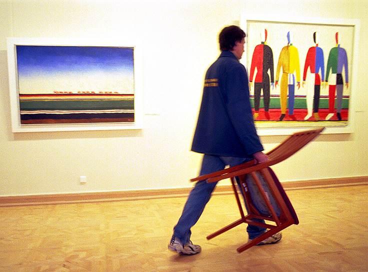 Ноябрь 2000. На выставке Казимира Малевича