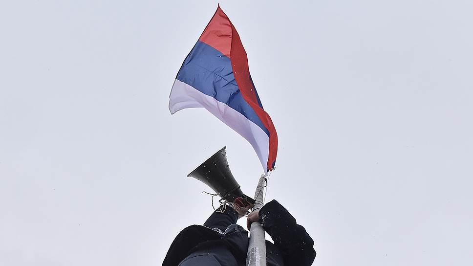 «Амира» лезет на флагшток