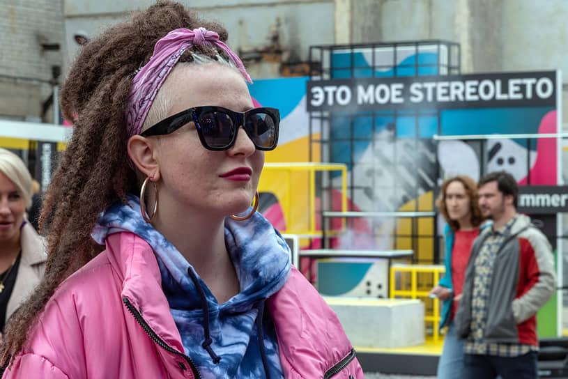 """Посетители фестиваля """"Стереолето"""" в пространстве """"Севкабель Порт"""""""