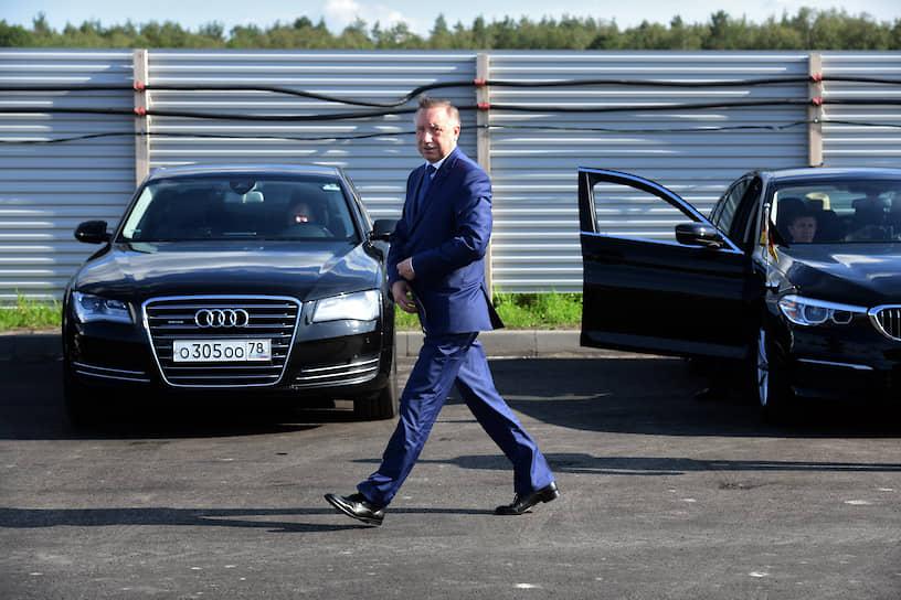 Временно исполняющий обязанности губернатора Санкт-Петербурга Александр Беглов перед церемонией закладки «первого камня» в строительство завода Sarstedt (Сарштедт) на территории Индустриального парка «Марьино»