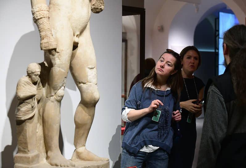 """Церемония открытия выставки """"Боги, люди, герои. Из собрания Национального археологического музея Неаполя и Археологического парка Помпей"""" в Государственном Эрмитаже"""
