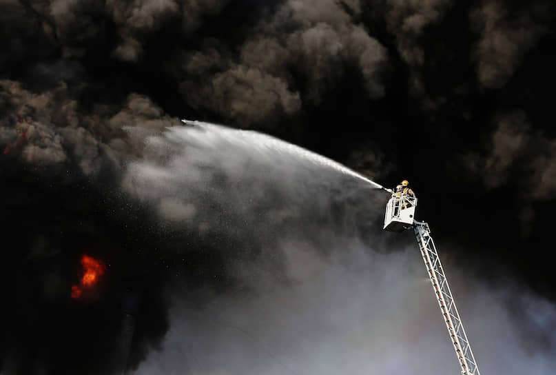 Пожар в административном здании Невского района по адресу ул.Складская, дом 6