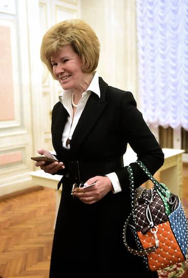 Новый вице-губернатор Санкт-Петербурга Ирина Потехина после торжественного заседания Законодательного собрания Санкт-Петербурга в честь 25 годовщины образования Законодательного собрания Санкт-Петербурга