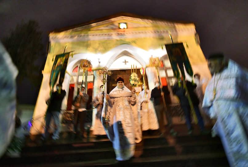 Пасхальная служба в храме Спаса Нерукотворного Образа на Дороге