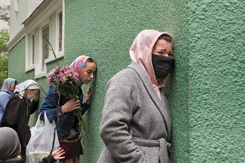 День памяти святой Блаженной Ксении Петербургской и Троицкая родительская суббота на Смоленском кладбище