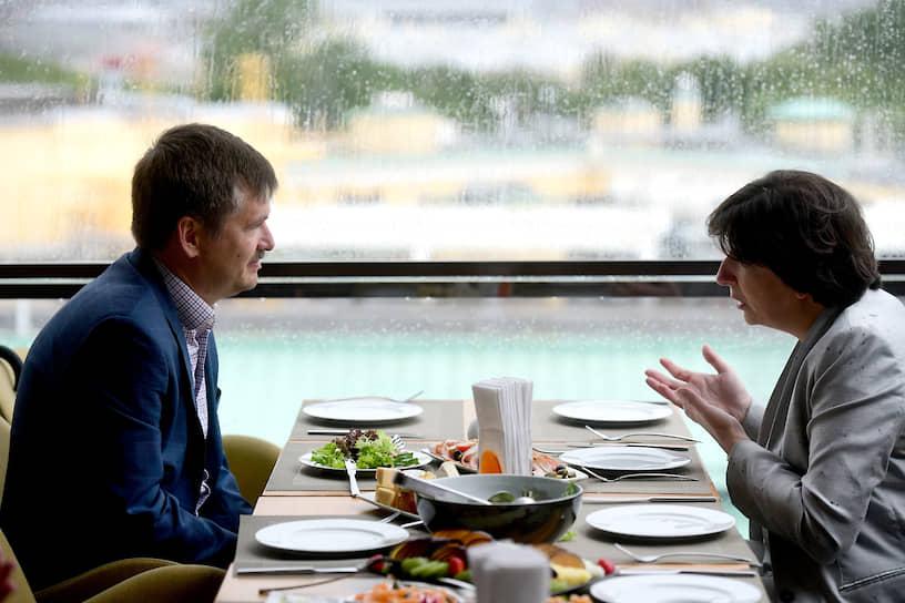 Председатель совета директоров ГК «Полис» Андрей Сорочинский и генеральный директор компании «Индивидуальный туристический сервис» Виктория Шамликашвили