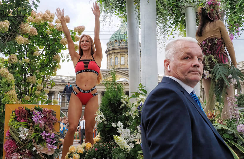 Фестиваль цветов на Невском проспекте