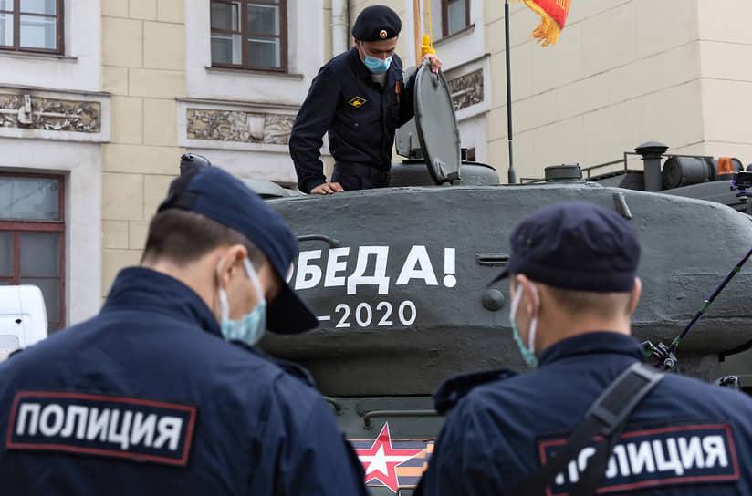 Генеральная репетиция парада, посвященного 75-летию Победы в Великой Отечественной войне на Дворцовой площади