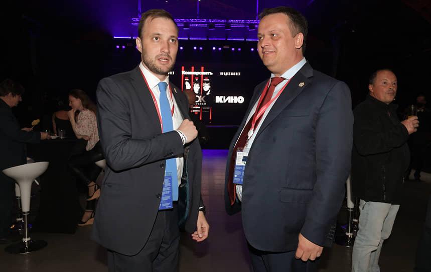 Губернатор Новгородской области Андрей Никитин (справа)