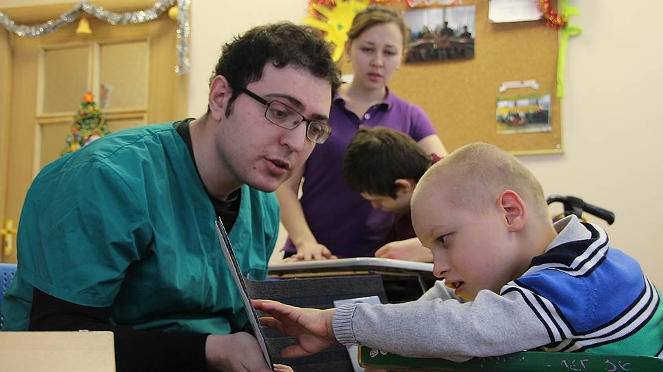 Волонтеры с детьми павловского детского дома-интерната № 4
