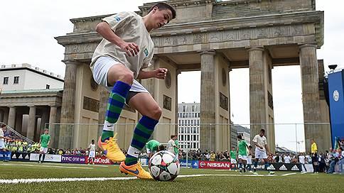 Объединяющий футбол