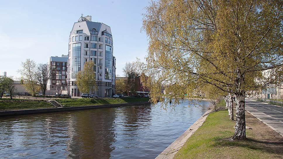 Вид из окон на воду — большое преимущество городского жилья