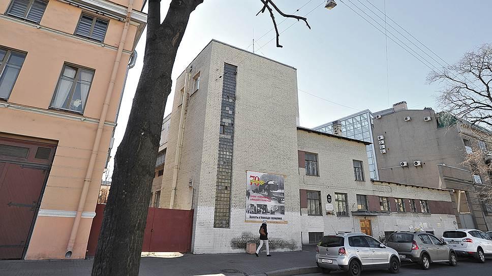 По блокадной подстанции есть два решения Совета по сохранению культурного наследия с разницей в пять лет, идущие вразрез друг с другом
