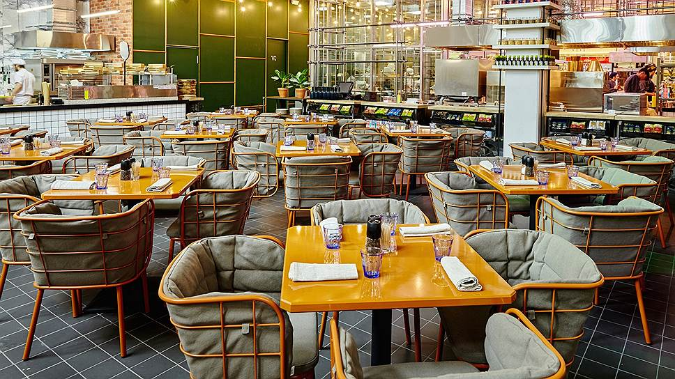 Интерьер нового ресторана сделан с промышленным размахом