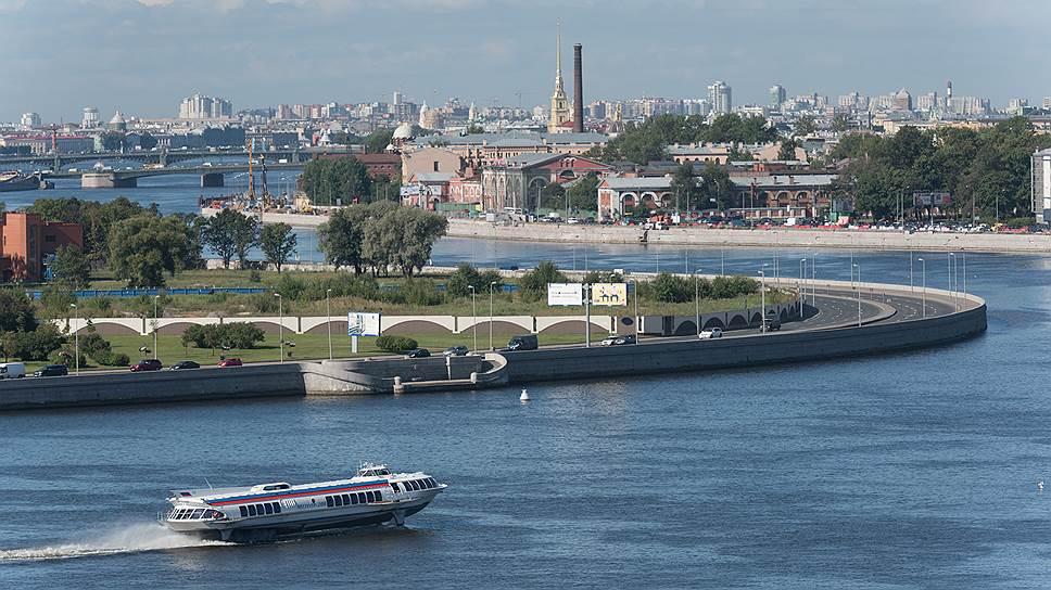 Руководство Средне-Невского судостроительного завода надеется, что катамаран проекта 23290 уберет «Метеоры» с водных маршрутов Петербурга