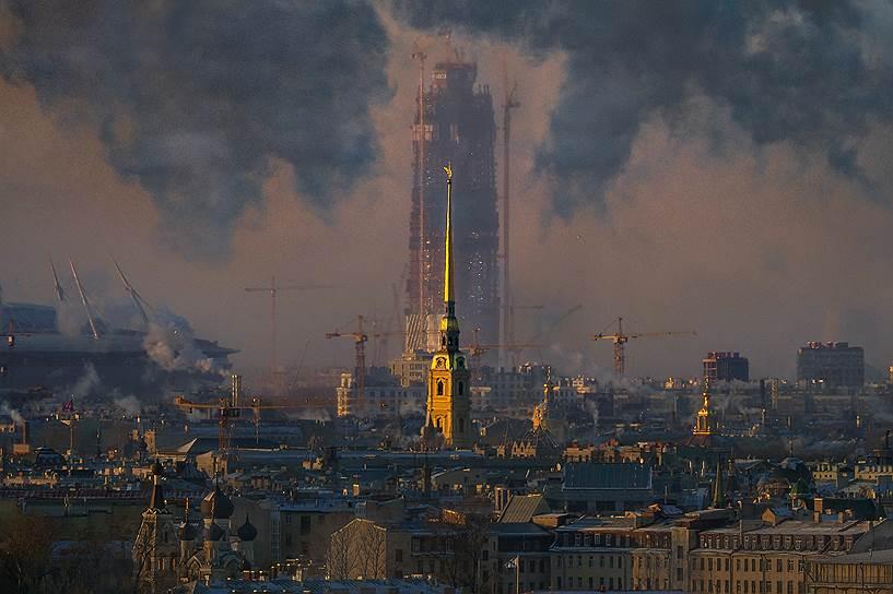 Сегодня в Петербурге главной точкой роста, с которой девелоперское сообщество связывает свои ожидания, является строительство небоскреба «Лахта-центра»