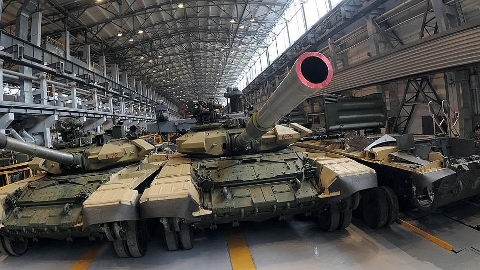 В 2016 году Россия вышла на третье место в мире по объему военных расходов, уступив только США и КНР