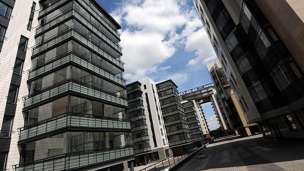 Третья очередь петербургского ЖК «Новый город» сдана в эксплуатацию в 2011 году. Проект разрабатывало финское архитектурное бюро Lumiset, он был включен в ежегодный альманах лучших архитектурных проектов 1000 х European Architecture в 2007 году