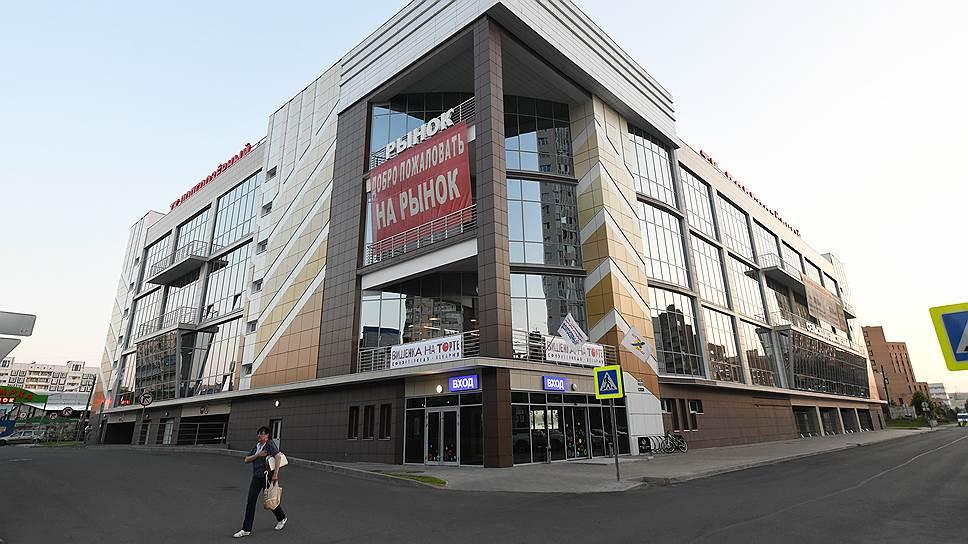 В первом полугодии открывались районные торговые центры — например, «Долгоозерный», площадью 10 тыс. кв. м