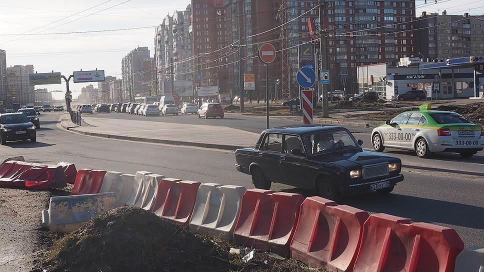 В Москве из общего процесса осуществления госзакупок исключены недобросовестные и ненадежные компании. В то время как в Петербурге по-прежнему нередки случаи банкротств и выхода из проекта до завершения его реализации