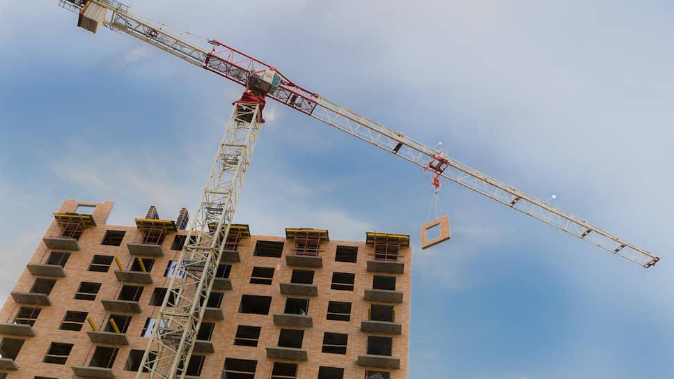 Во втором квартале 2019 года на рынок Петербурга вышло девять новых комплексов суммарной площадью около 900 тыс. кв. м жилья — один из самых низких показателей за последние два года по количеству проектов