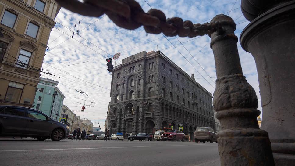 Аутентичность старинных петербургских домов привлекает операторов люксовых отелей