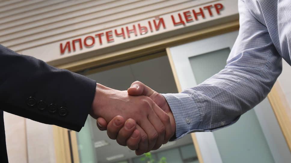 Объемы выдачи ипотечных кредитов в 2019 году по сравнению с 2018 годом упали на 3,5% по Петербургу и на 5,5% по Российской Федерации в целом
