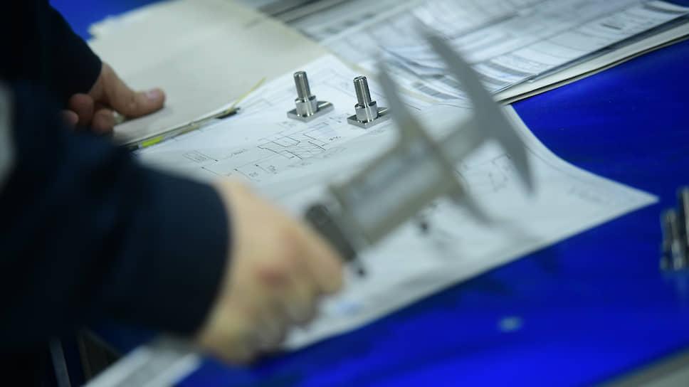 Одной из проблем реализации крупных инвестиционных проектов является организация производства и поставок комплектующих и компонентов. Эта задача более эффективно решается в рамках кластеров