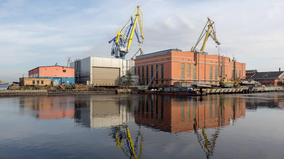Несмотря на то, что основные активы ОСК находятся в Петербурге, администрирование ее деятельности из Москвы имело выгоду с точки зрения логистики и GR