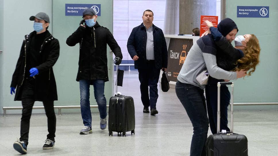 Снижение пассажиропотока внутри страны обусловлено, кроме всего прочего, отменой командировок — большое количество людей перемещается по России с деловыми целями