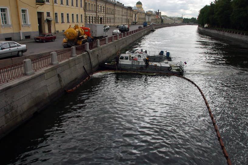 В Петербурге насчитывается более 600 водоемов и свыше 400 водотоков, включая ручьи, реки, каналы