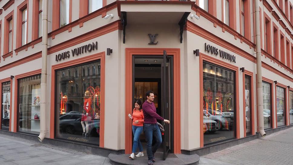 Формирование Старо-Невского как торгового коридора люксовых брендов началось в 2012 году