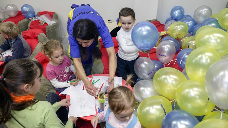 По прогнозам экспертов, в ближайшие пять-семь лет наличие корпоративного детского сада в крупной компании станет одним из основных привлекающих факторов для ее потенциальных и действующих сотрудников