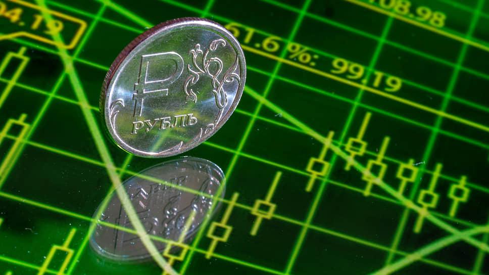 Ввиду того, что финансовый рынок в России пока не очень развит, в краткосрочной и среднесрочной перспективе недвижимость будет оставаться одним из приоритетных инструментов для частных инвесторов