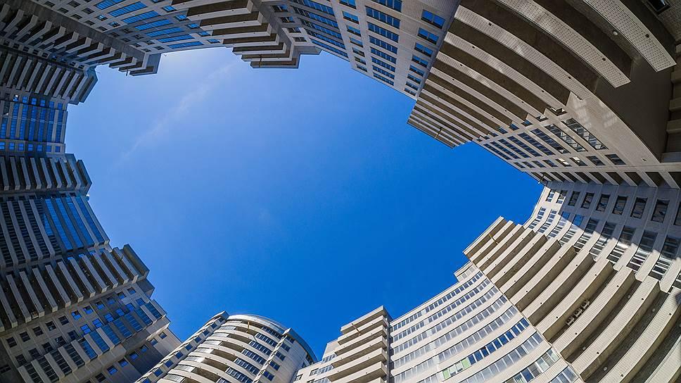 «Седьмой континент» проверят на избыточность / Депутаты Краснодарского края критикуют проект жилого комплекса за 5 млрд рублей