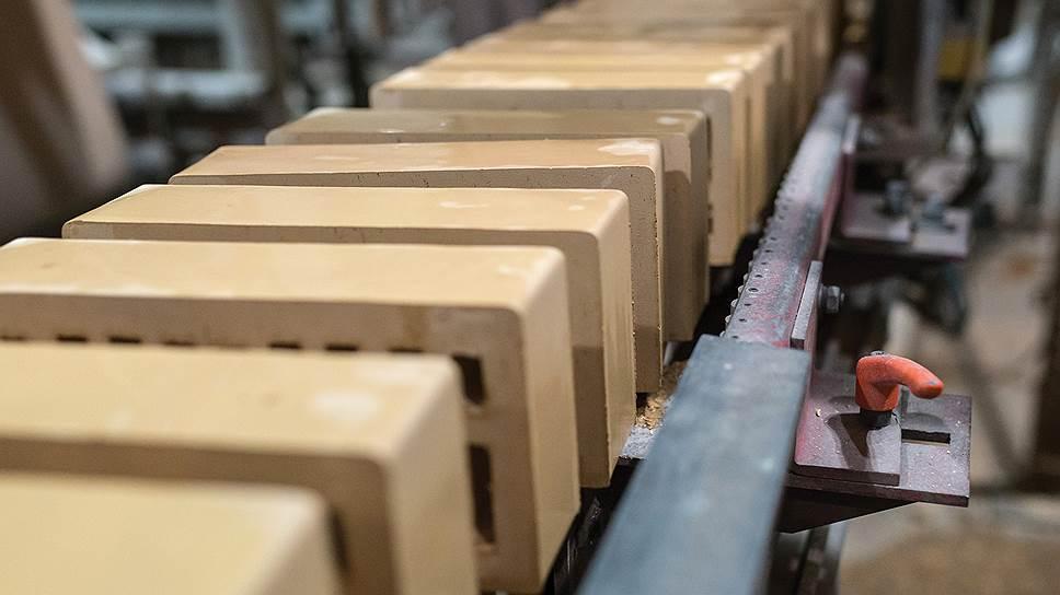 «Славянский кирпич» завалило глиной / Лидер рынка ЮФО жалуется на переизбыток запасов сырья