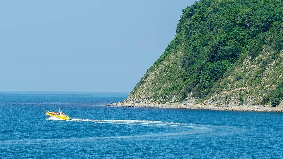 Туристы рванули на берег турецкий / РСТ зафиксировал сокращение количества отдыхающих на курортах Краснодарского края на 25%