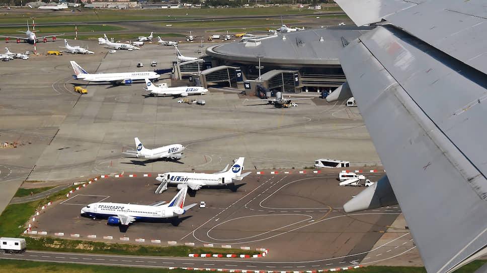 Аэропорт спустили на землю / Пайщики расположенных рядом с краснодарским аэровокзалом участков недовольны низкими компенсациями