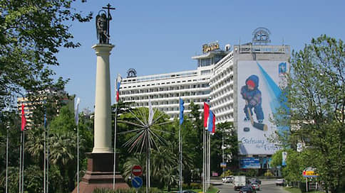 «Орто-Хауз» нацелился на «Москву»  / Инвестор готов погасить долги владельца недостроенного отеля в Сочи