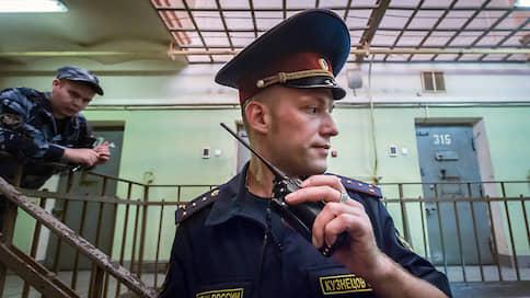 Второй арест чекиста крепче первого  / Фигуранта дела «енотов» оставили в СИЗО
