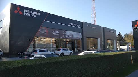 Ответчик отсиделся за фасадом  / «ААА моторс» добилась отмены решения о сносе автосалона Jaguar и Land Rover