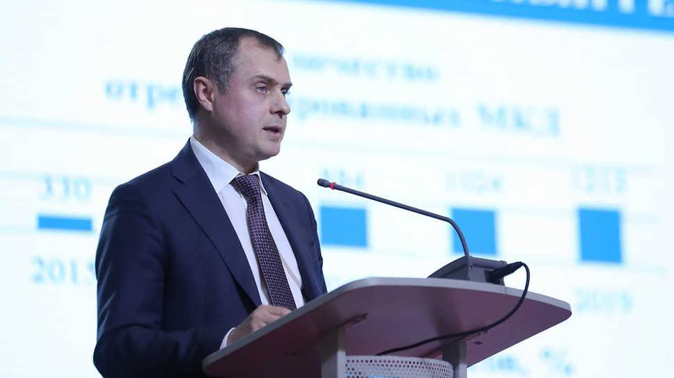 Экс-министр попал в запарку / В отношении экс-главы министерства ЖКХ Ростовской области возбуждено уголовное дело