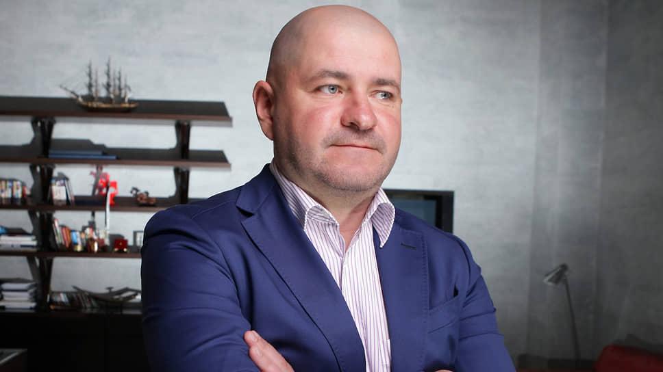 Кирилл Подольский (слева) не проявляет активности для погашении задолженности перед  кредиторами