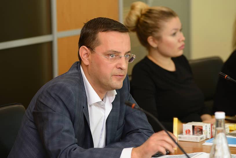 Роман Трошкин, менеджер по связям с органами власти «Дж.Т.И. Россия»