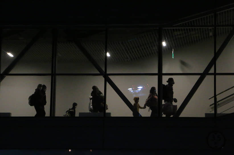 """Спецрейс авиакомпании """"Уральские Авиалинии"""", доставивший российских граждан из Тайланда в аэропорт """"Платов"""""""