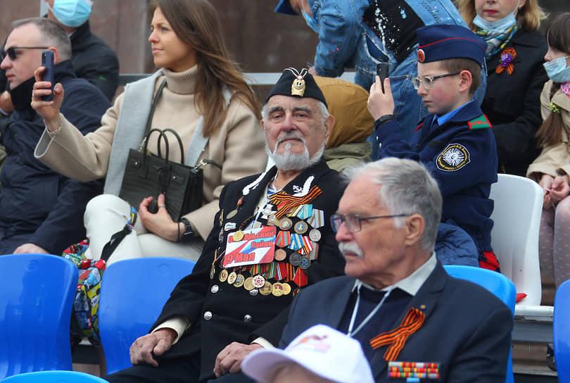 Военный парад на Театральной площади, посвященный 76-летию Победы в Великой Отечественной войне (ВОВ).
