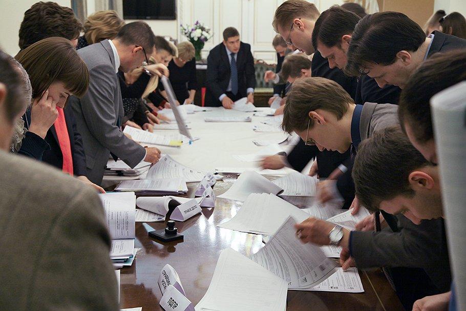 В 2013 году УИКам, сформированным по новому порядку, предстоит провести выборы в крупнейших городах Самарской области — Тольятти, Сызрани и Жигулевске